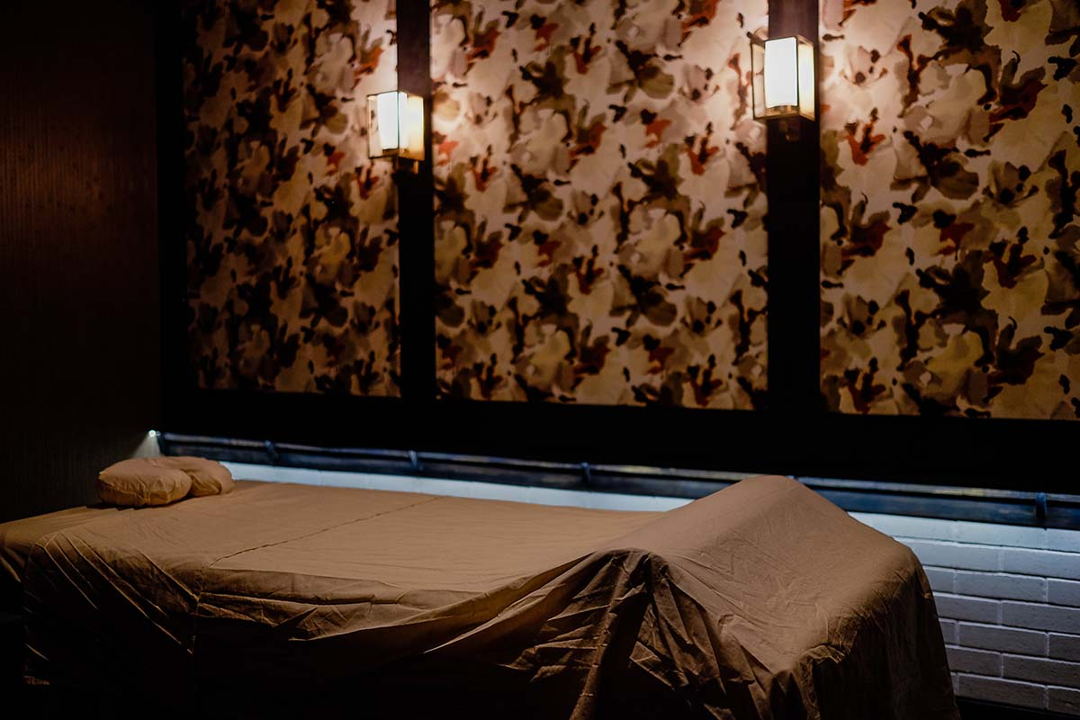 Atlanta body massage bed